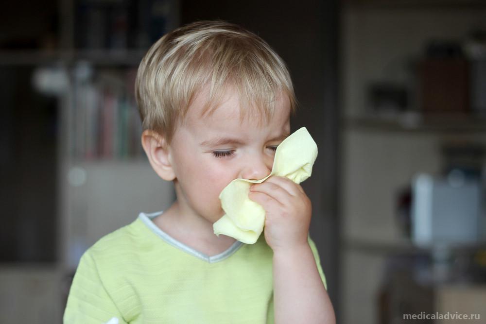 Аденоиды у детей: основные симптомы аденоидита, диагностика, терапия